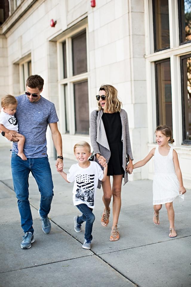 hello-fashion-blog-family-
